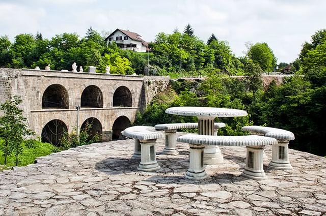 Lokacija restorana Gradina - Dvokatni most u Tounju